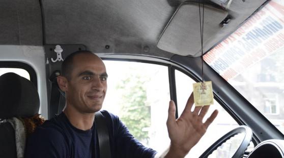Երևանի վարորդներից կվերցնեն աչքուլունքները՝ խաչեր բաժանելով