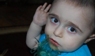 Փոքրիկ Դավիթը 3 տարի է՝ շնչում է ապարատով. Նրան վիրահատելու համար օգնություն է հարկավոր